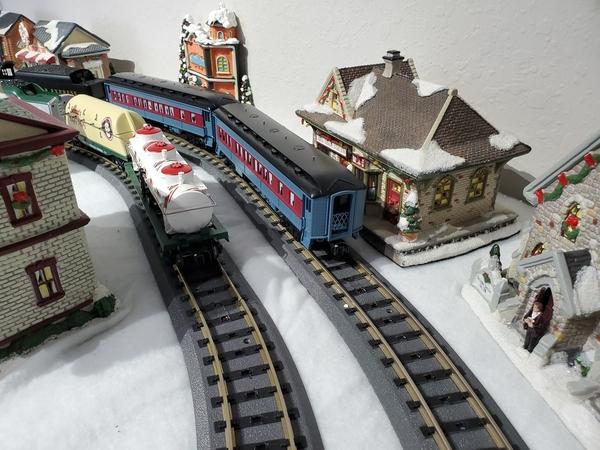 OGR 2-Rail RealTrax XMAS07