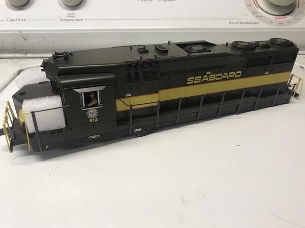 E5F65FB5-9C26-43C8-B1CE-7C350174E3E0