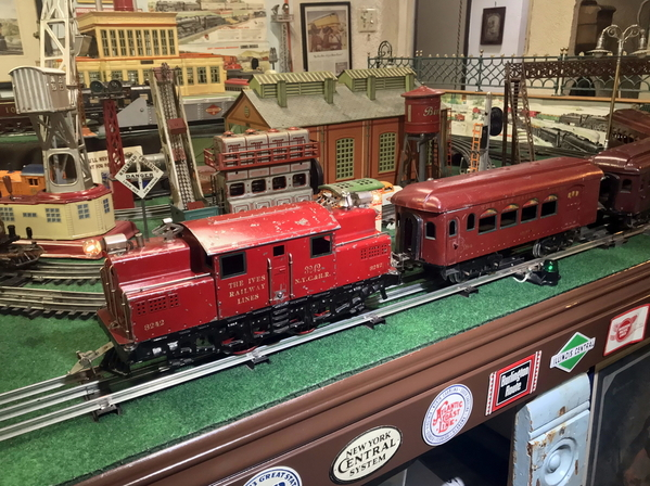 Ives 3242 red train 2