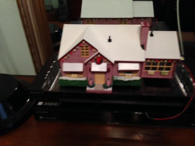 lionel Christmas House